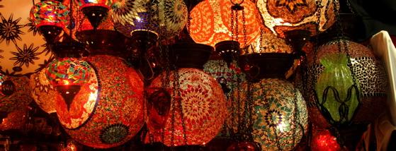 Lampen im Gedeckten Basar von Istanbul